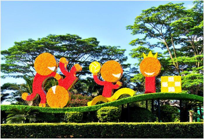 花坛植物雕塑